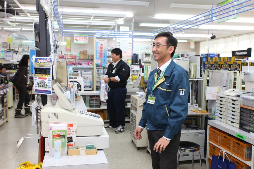 中野社長のおだやかで誠実な人柄が表れているような、アットホームな雰囲気の店内