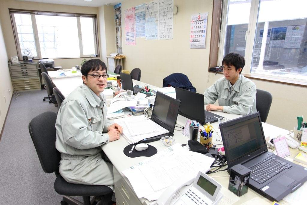 休日は実家の稼業である農業の手伝いをすることが多いという福田さん。31歳にして現場監督を担うベテラン